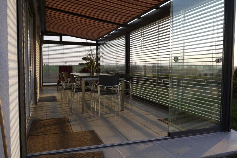 Terrassendach aus der Serie Diafano