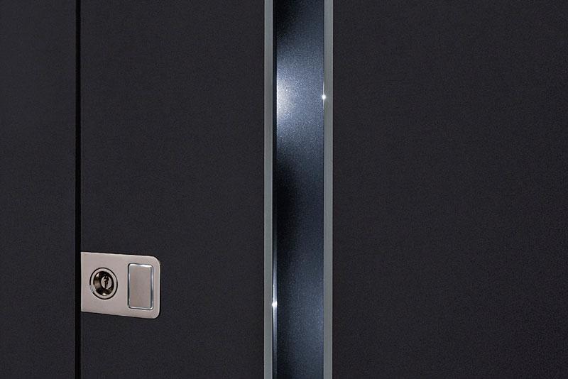Detail LED-Leiste in die Tür eingearbeitet