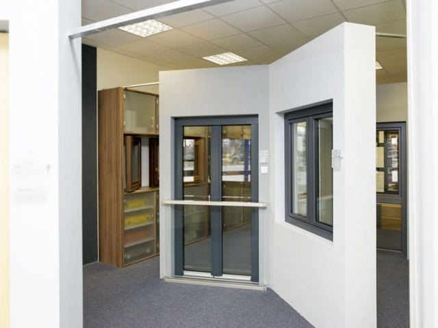 Ausstellung Fenster & Türen